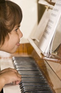 Piano-Practice-makes-perfect-199x300