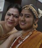 Sandeepa Chavan (à gauche) et sa fille Anoushka