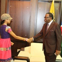 ZO Welcomed to Namibia by H_E_ President Hage Geingob Feb 2016