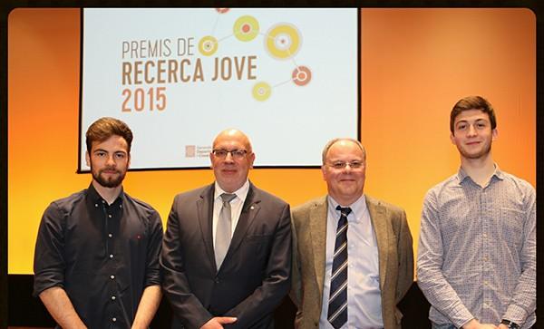 Foto 6 Èric, Arnau y el señor Montoliu con el conseller de la Generalitat de Catalunya, señor Jordi Baiget- 600px