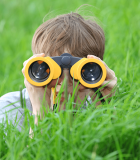 boy_searching_binoculars 6x9