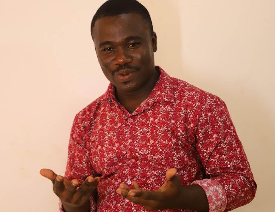 UoPeople recipient and Visual Arts teacher, Felix Owiredu.