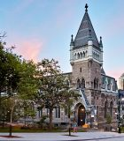 iStock-McGill_University_Morrice_Hall_Building