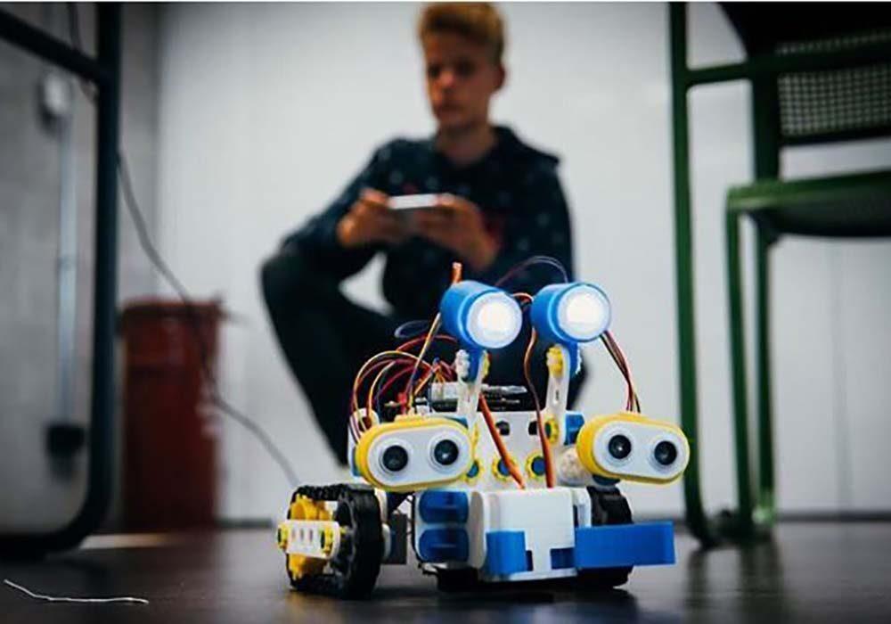 A Skribot built by a student - Credits: Skriware