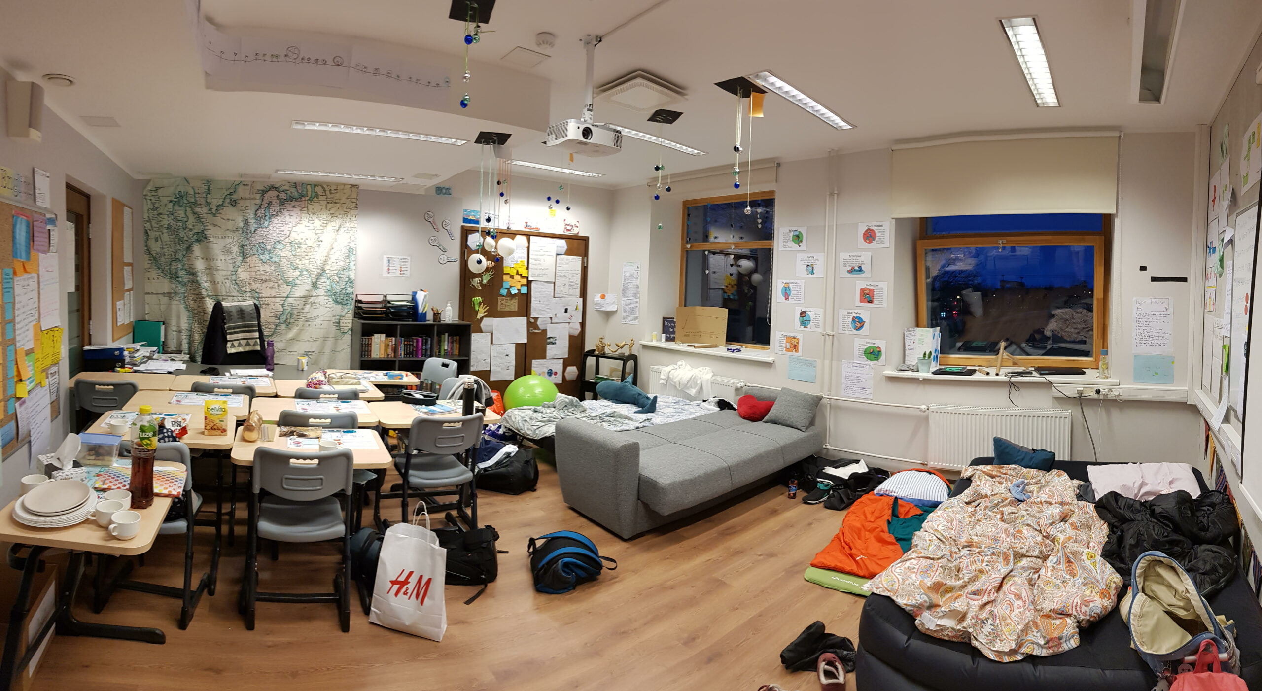 Transforming Learning Spaces through Imagination